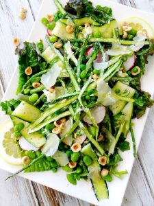 Delicious Green Salad with Beets & Asparagus