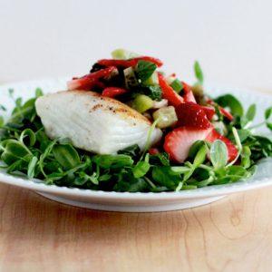 Easy To Make Strawberry MicroGreen Salad